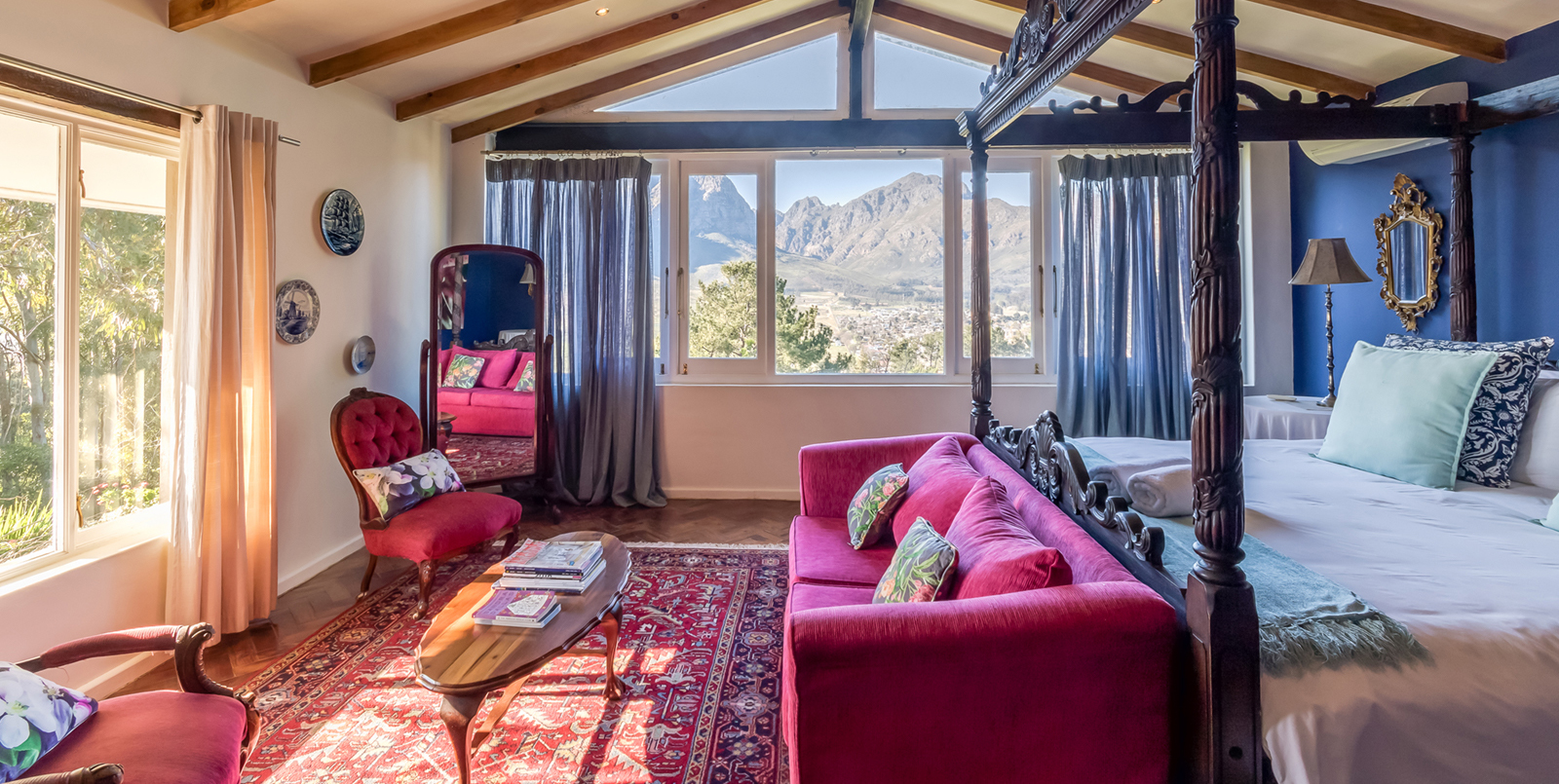 Skyview Manor | King Protea Suite
